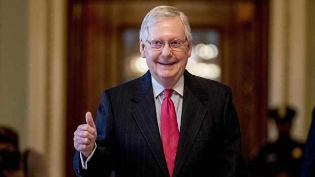 美国参议院通过2万亿美元经济刺激法案,众议院将远程表决