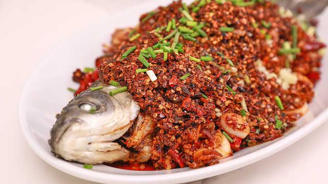 这条草鱼端上桌,三碗米饭不嫌多!