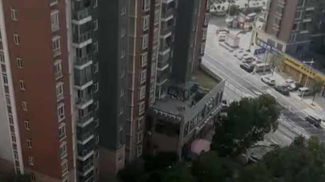滞留武汉一家人回到深圳,8人曾挤两室一厅