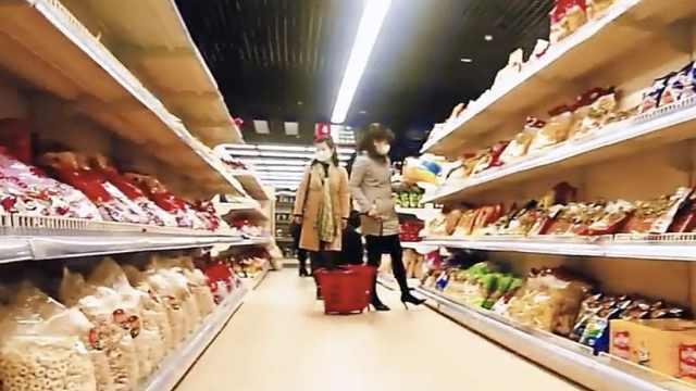 朝鲜播主拍平壤超市辟谣:进口商品变贵,本地商品变便宜