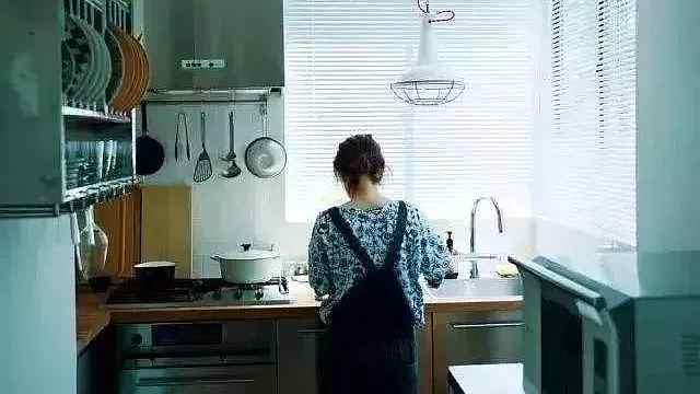 厨房能不能装个空调,装凉霸有没有用?
