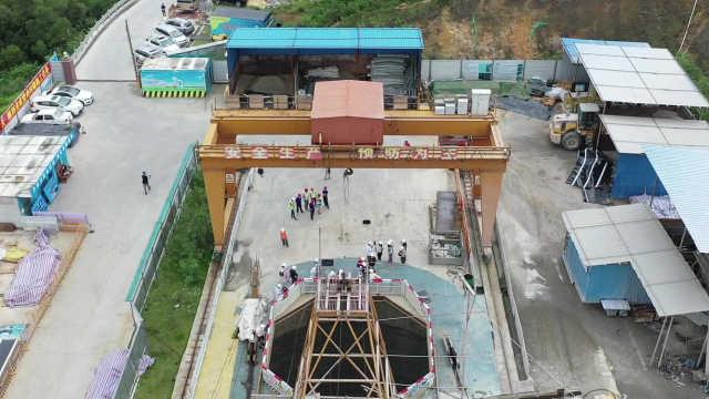 深圳建成国内最大直径汽车隧道通风竖井