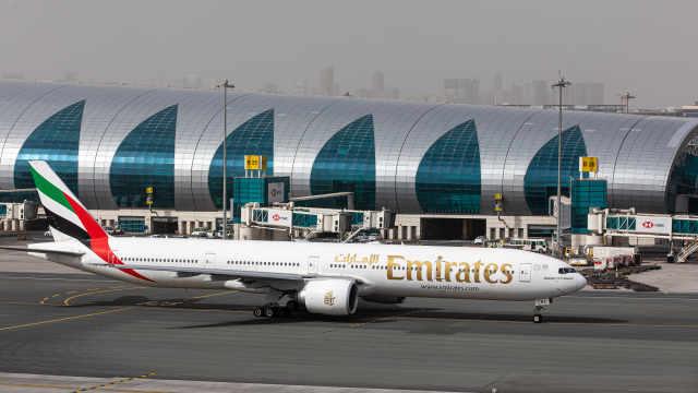 航空业最大规模裁员?阿联酋航空或将裁员3万人