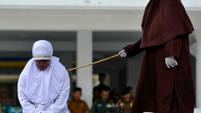 沙特宣布正式废除鞭刑,将用监禁、罚款等处罚替代