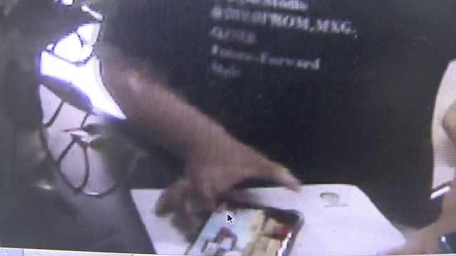 8岁男孩偷记家长支付密码,付5千元买游戏装备,追回2000元