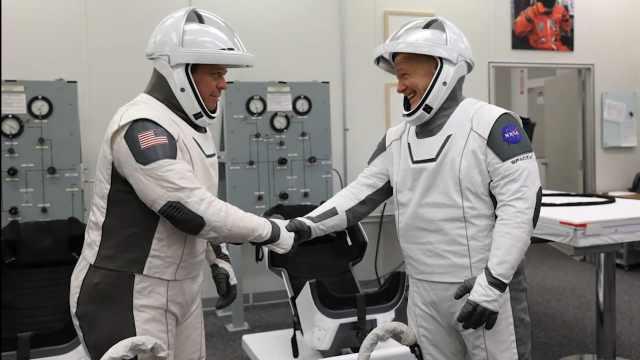 颜值与安全同等重要:SpaceX新宇航服由复联设计