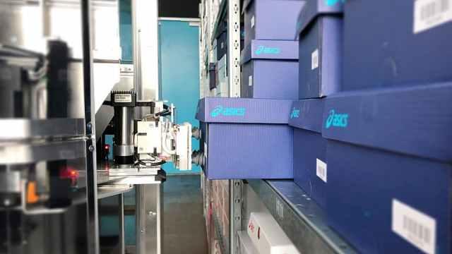 亚瑟士(ASICS)欧洲配送中心引进拣选机器人,灵活性超高