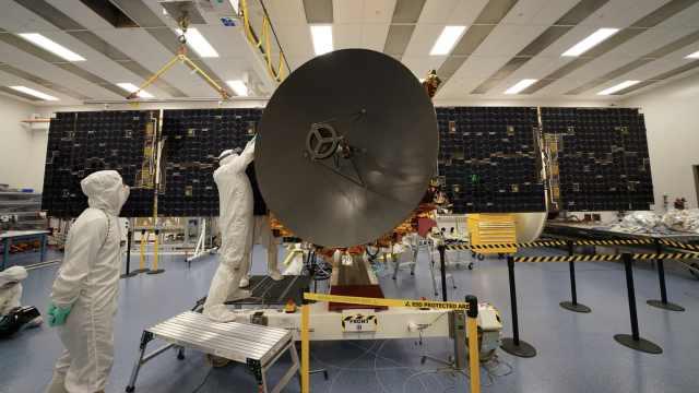 阿联酋首个火星探测器发射升空,预计2021年初抵
