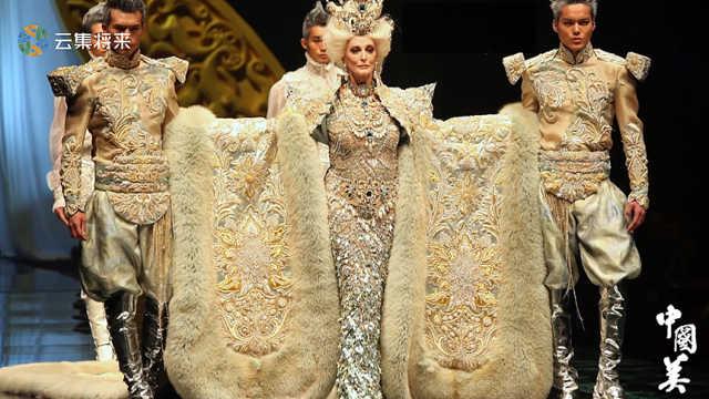 八十岁模特T台走秀,再耀眼的模特在她面前也黯然失色