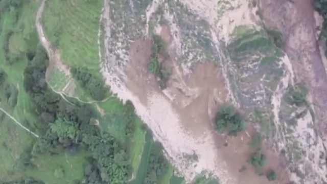 重庆武隆山体滑坡形成堰塞湖,有溃堤风险,5