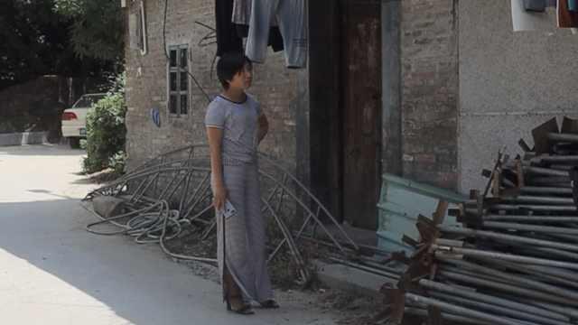 """""""梅姨案""""被拐儿童父母再赴广东:人贩的线索"""