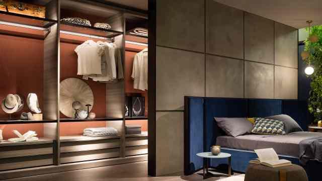 家里别买大衣柜了,现在流行这样装,十年木工看了拍案叫绝!