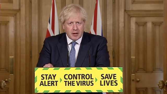 英国宣布推迟解封至少两周,公共场所将强制戴口罩