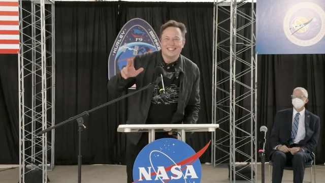 太激动了!SpaceX载人飞船成功返航,马斯克谢天谢地