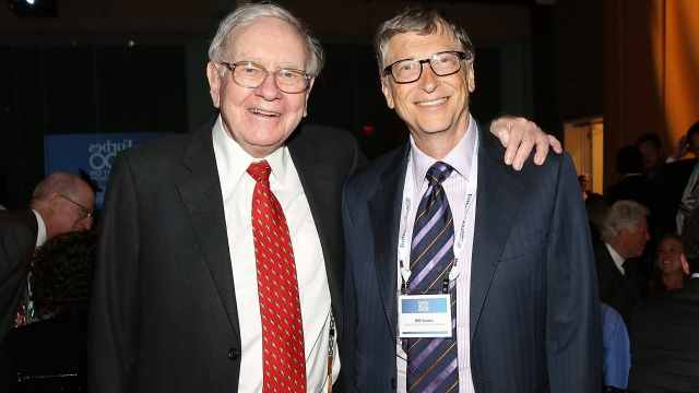 比尔盖茨和巴菲特疫情期聊了啥,两人更加频繁交流
