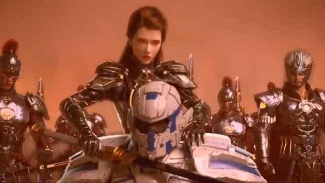 烈阳主神蕾娜换装秀,雄兵连之外,蕾娜都有哪些美艳造型?