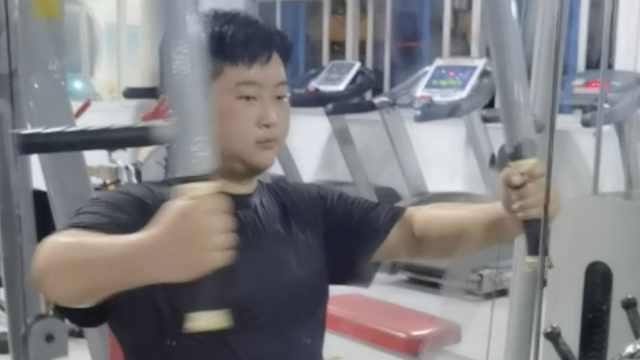 """瘦身男女 高中生减肥一斤妈妈奖50元,一个暑假""""挣""""2千"""