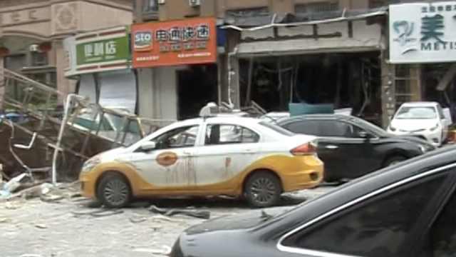 沈阳一门市发生爆炸,现场处置消防员被炸伤