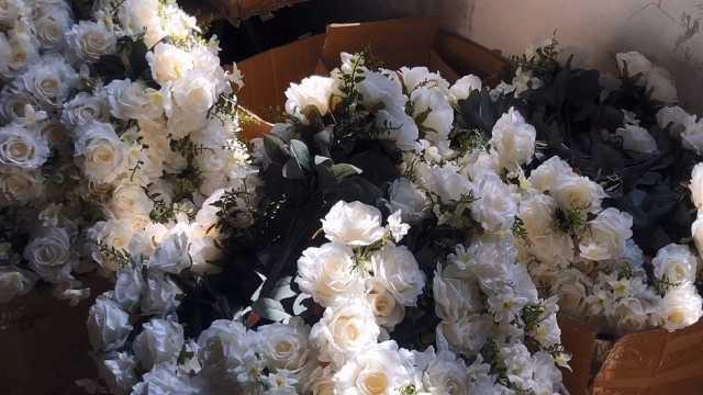 绢花致富,香满人间