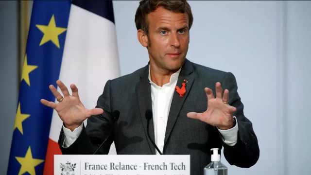 马克龙:不要重返油灯时代,法国将继续部署5