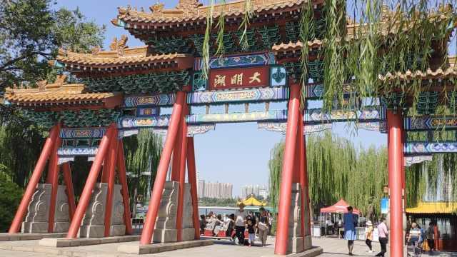 国庆黄金周报团游至少降8成,旅行社老总:基本是短途游