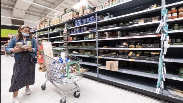 英国或实行第二次全国封锁,超市货架再次被搬空