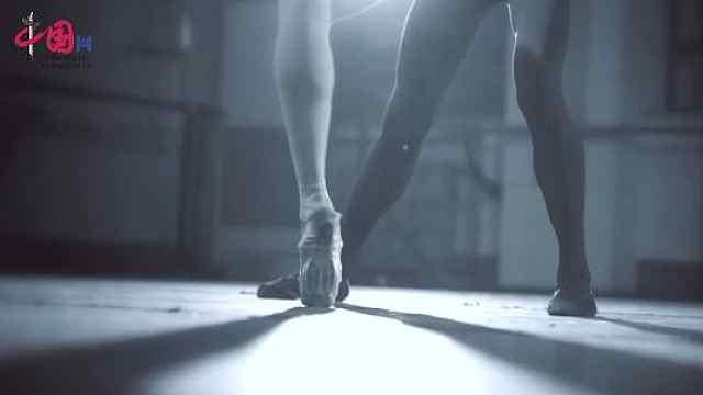太残忍了,芭蕾舞演员的病痛将伴随一生