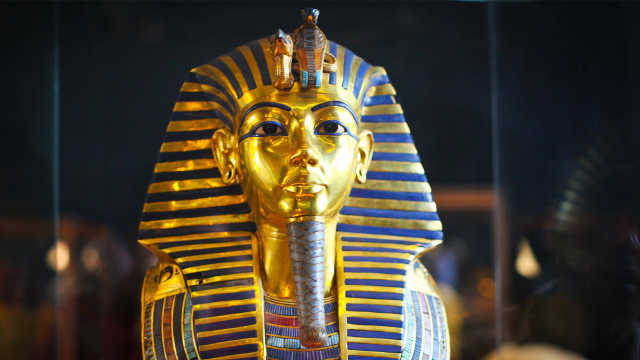 金缕玉衣,黄金面具,辽代公主随葬品规格堪比埃及法老!