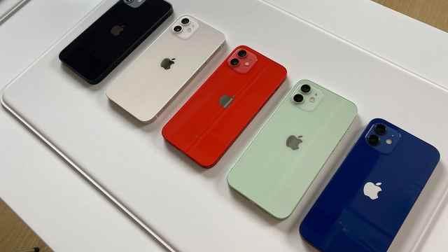 蓝色太丑?iPhone12上手体验:蓝色和海蓝色你pick哪个?