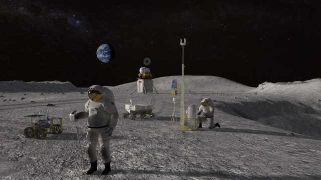 NASA宣布重大发现:月球上有更多水,或对未来勘探有利