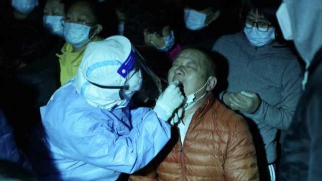 天津汉沽街市民连夜排队做核酸检测,已检测5.1万人