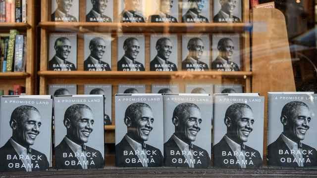 奥巴马新书或成最畅销总统回忆录,首日售出近89万册