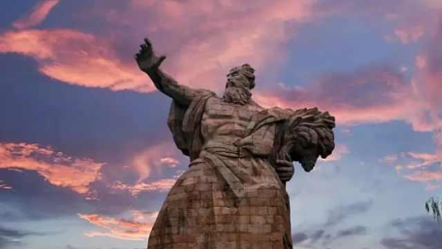 不窋雕像的前世今生,你知道吗?