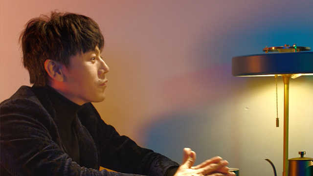 Esquirex秦昊:最初的自己,就是远行的明灯