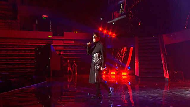 潘玮柏时尚先生盛典现场演唱《巴比伦》燃炸现场