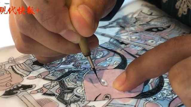 """雕版印刷""""非遗年画""""出炉:一幅画要用多块板片"""