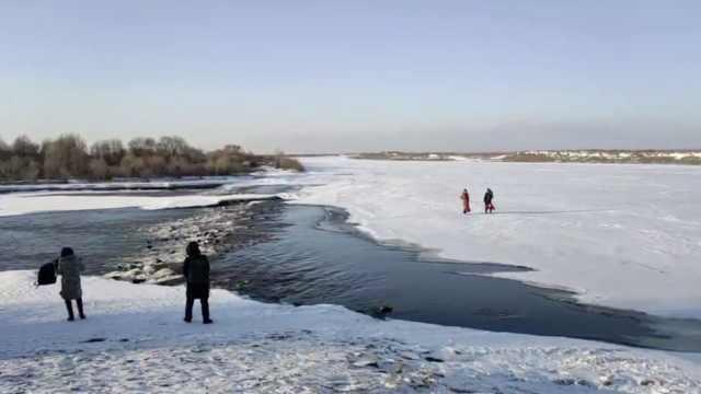 东北村子里有条不冻河,足不出村就能赏美景