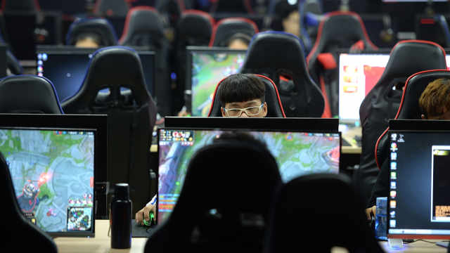 电竞企业超1万家!中国超越北美成为全球最大电竞市场