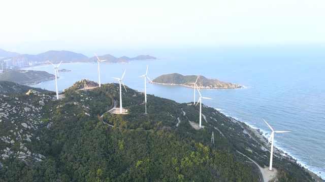 面朝大海!航拍亚洲第一大海岛风车阵