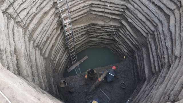 山西发现中国现存规模最大战国水井:井壁用木头砌筑,共38层