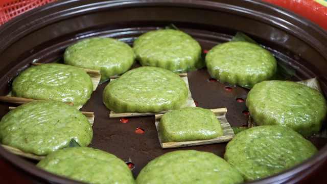 清明节专属美食!扬州人用青蒿叶做印子,做好后要先祭祖