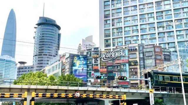 深圳文和友排号超5万桌,你愿意花多久时间排队?