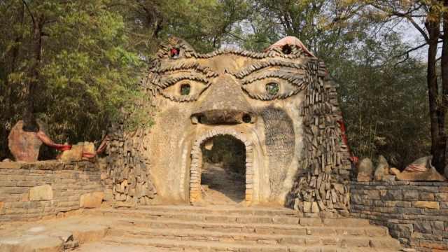 云南这个村寨用石头建房600年,冬暖夏凉还防火防盗