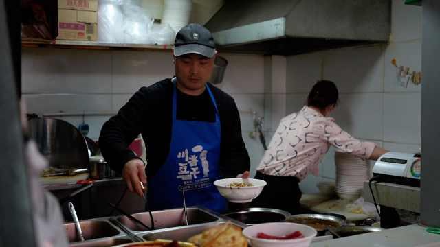 最爱吃热干面竟不是武汉人?郑州热干面店比湖北全省都多