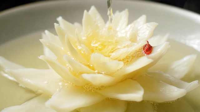 千金做一颗白菜,挑战顶级国宴巅峰之作。