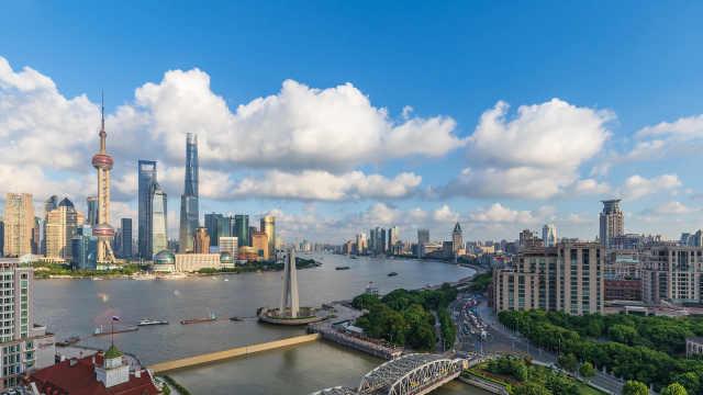 在现场,触摸滚烫初心 上海,把最好的资源留给市民