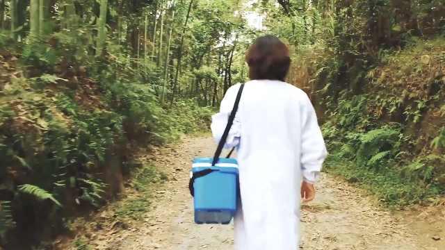 女医生返乡义诊10余年:自费买药送给贫困患者