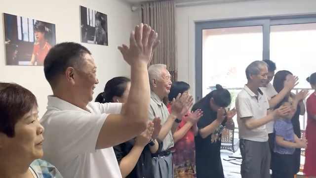 施廷懋王涵得跳水队首金,施爸爸:不紧张,中国梦之队无悬念