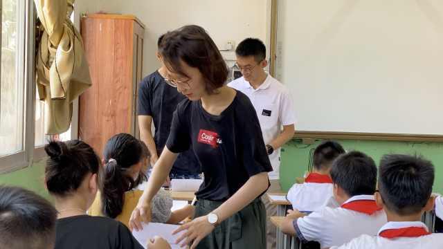 100个夏天|清华医学院女生渔村支教:扩展孩子知识面,圆教师梦