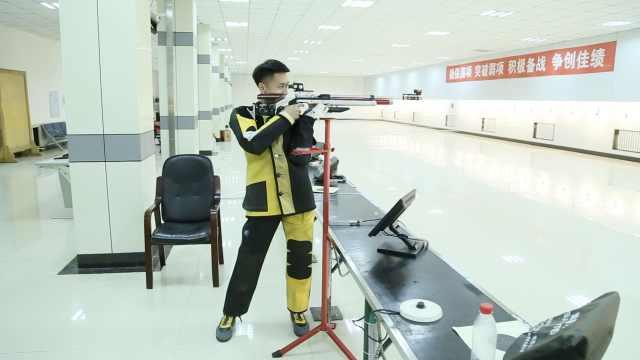他17岁时获射击冠军, 玩游戏每把吃鸡:想成为奥运冠军